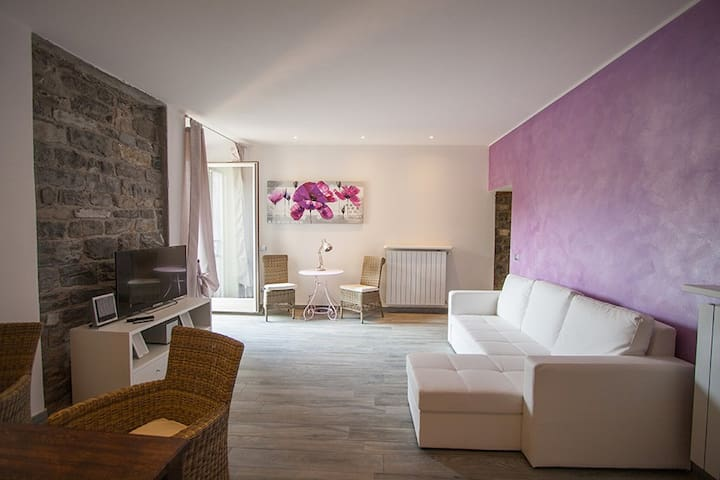 Romantic, charming home - Bellagio - Apartemen