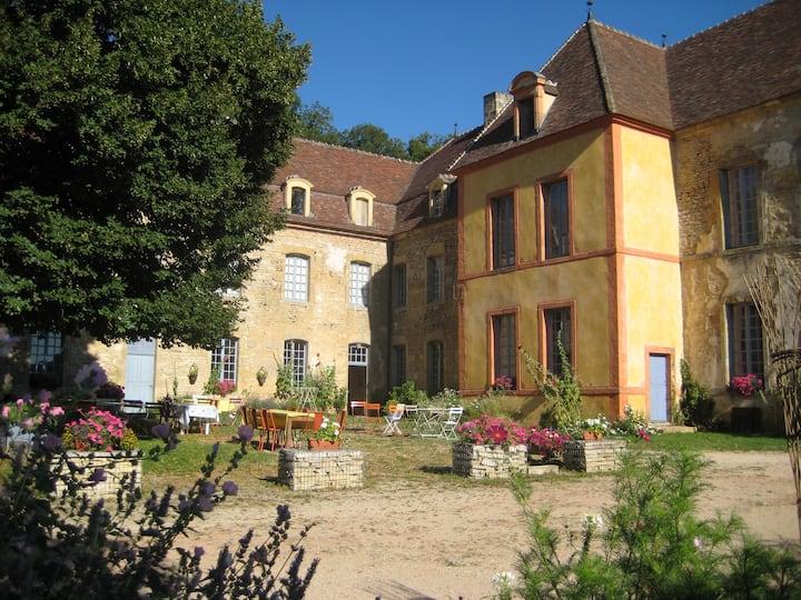 "Château Sainte Colombe / ""MAGDELEINE""  8 pers."