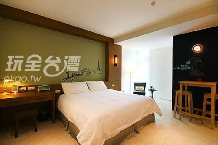 Chang House - ReTro loft
