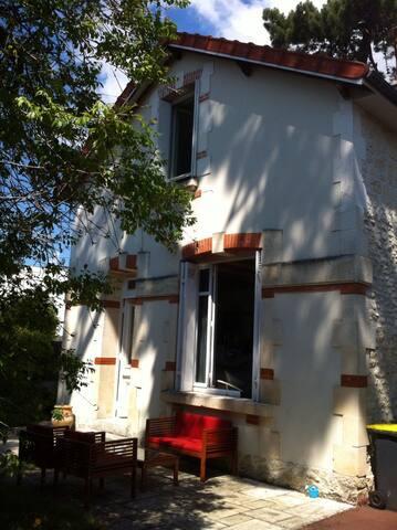 Ma maison du Parc - Royan - Bed & Breakfast