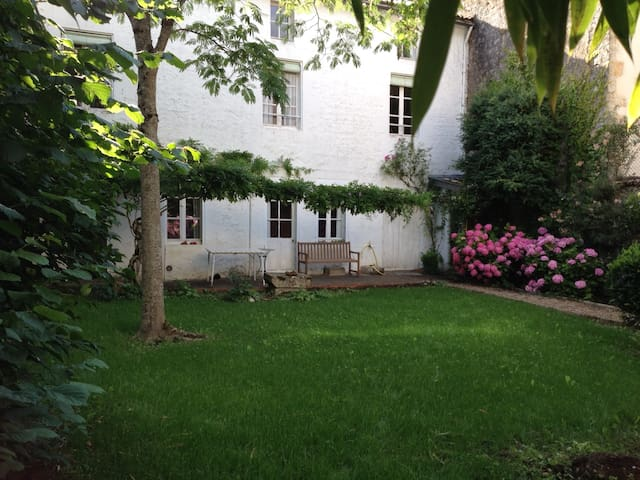 Charming house in city center - Melle - Hus