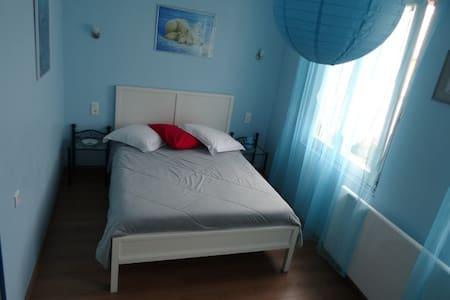 L'Aigle - Chambres au bord du Rhin - Myosotis - Schœnau - Bed & Breakfast