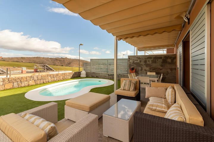 Flatguest Vista Golf + Pool + Garden + Relax