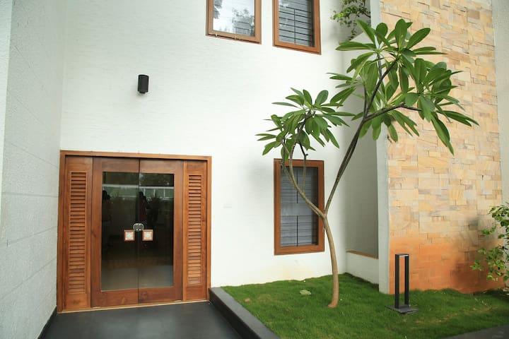 LA Residence 2BHK Fully Furnished Apartment
