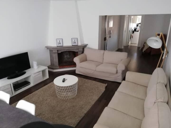 Apartamento Tranquilo e Acolhedor