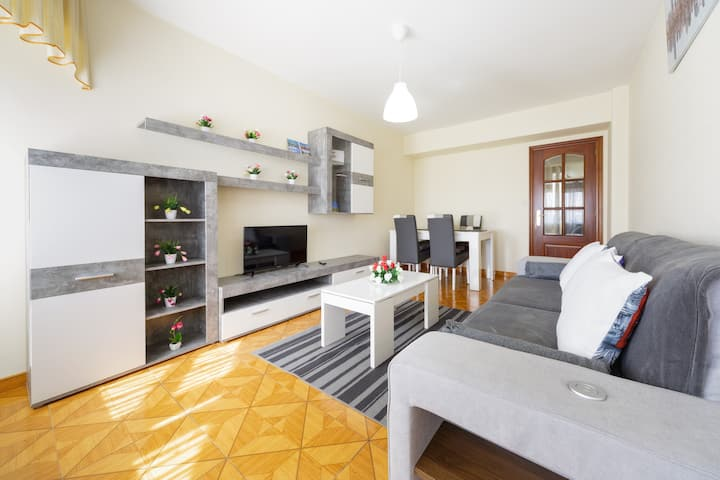 Amplia vivienda con wifi y ascensor