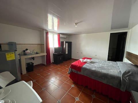 Apartamento Centrico  y Comodo (Hab. #28)