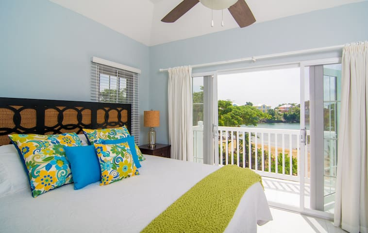 Beach front Townhouse Negril - Negril - Townhouse
