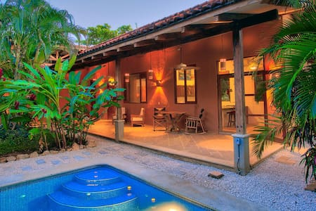 Secluded tropical Nosara casita - Bungaló