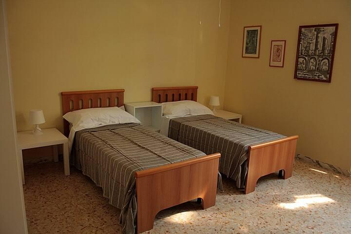 camera n.3 letti singoli
