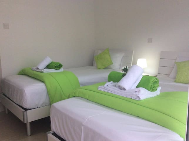 Mythical Sands Spa & Resort - Emerald Apartment - Paralimni - Appartement