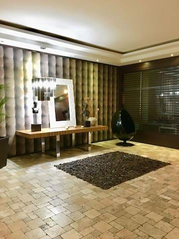 Suite amoblada y perfectamente ubicada
