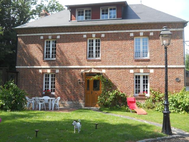 Landhaus in der Normandie - Bernières - Huis