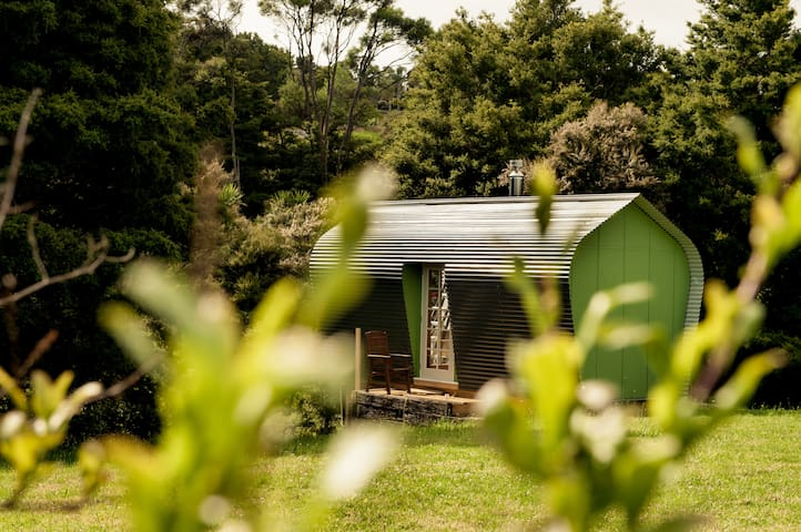 Harthouse Cabins Retreat, Mangawhai (one cabin)