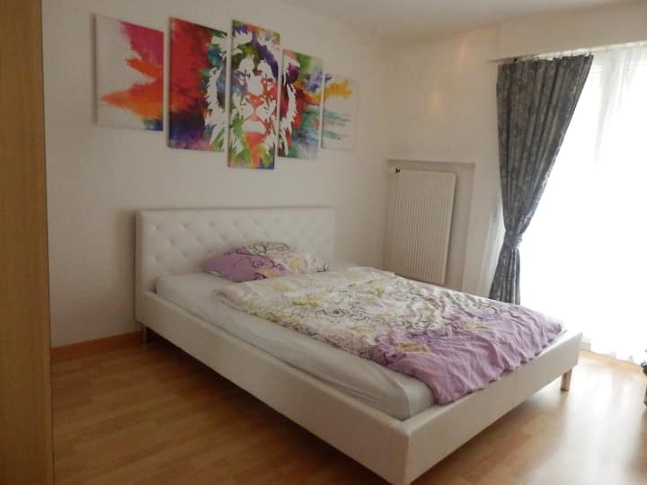Private room 5 km from Biel