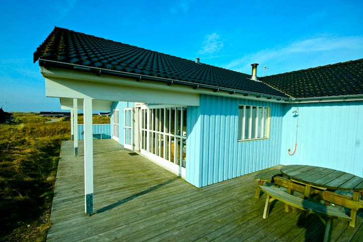 Cosy Holiday Home with Seaview  - 約靈(Hjørring) - 獨棟