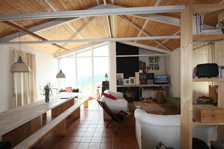 Vizzini Scalo - camera matrimoniale - Vizzini
