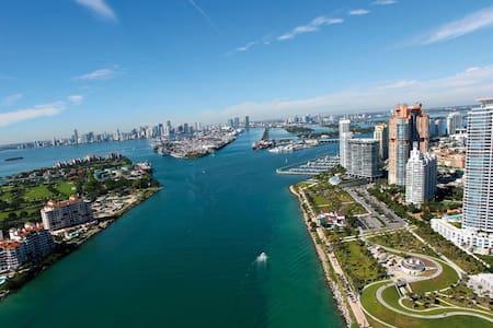 1BR South Beach Ocean Dr Apt SOFI - Miami Beach - Appartamento