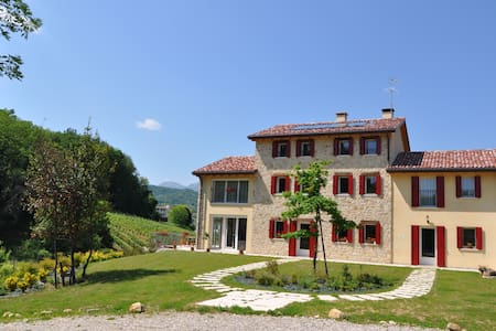 Lemire - San Pietro di Feletto - Bed & Breakfast