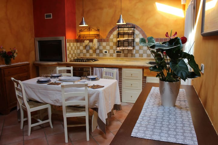 La Casetta del Tiglio - Villabalzana - Bed & Breakfast