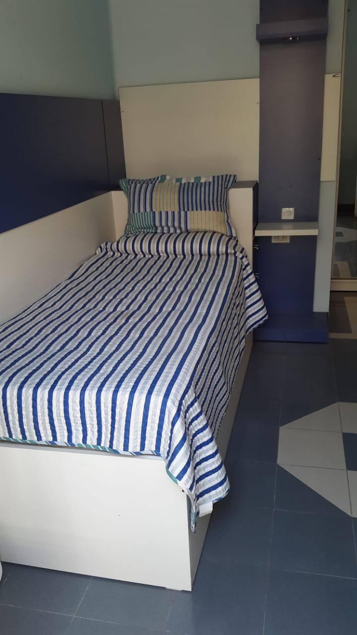Dormit-ventilado, luz nat,  baño   exclusivo