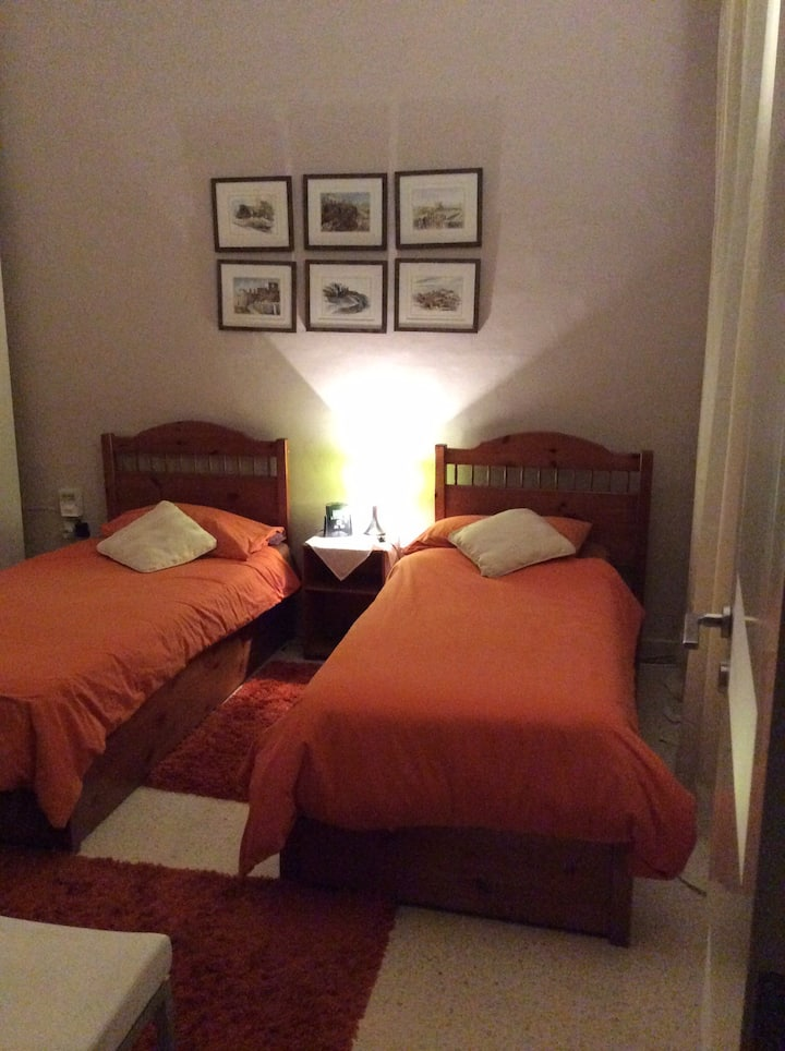SLIEMA RIGHT IN THE CENTRE SPECIAL RATES