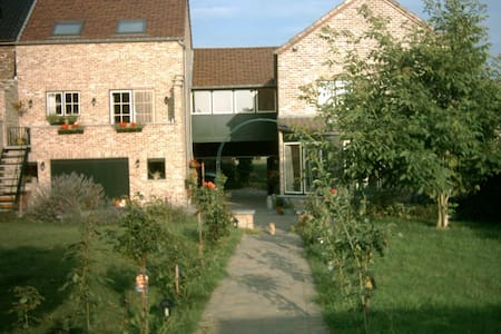 holiday home (nearby Sint-Truiden) - Sint-Truiden - House