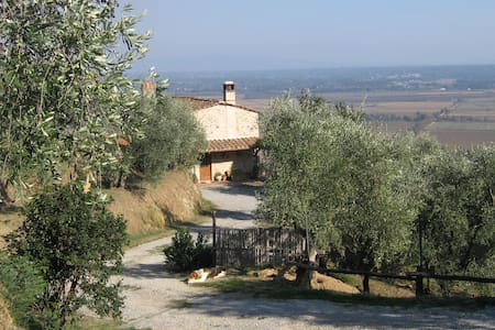 Holiday apartment in the countyside near Lucca - Capannori - Leilighet