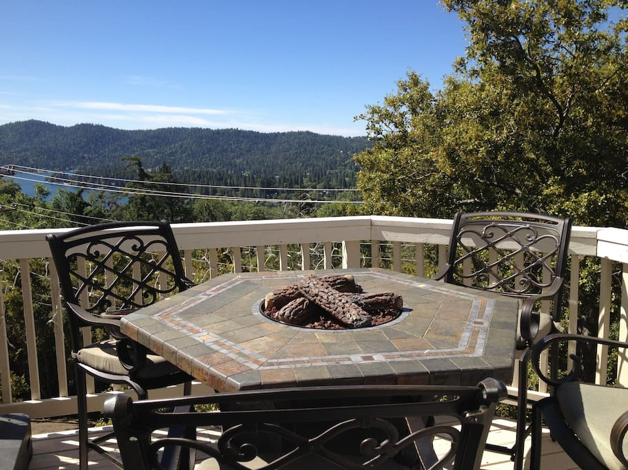 Propane fire pit table & chairs