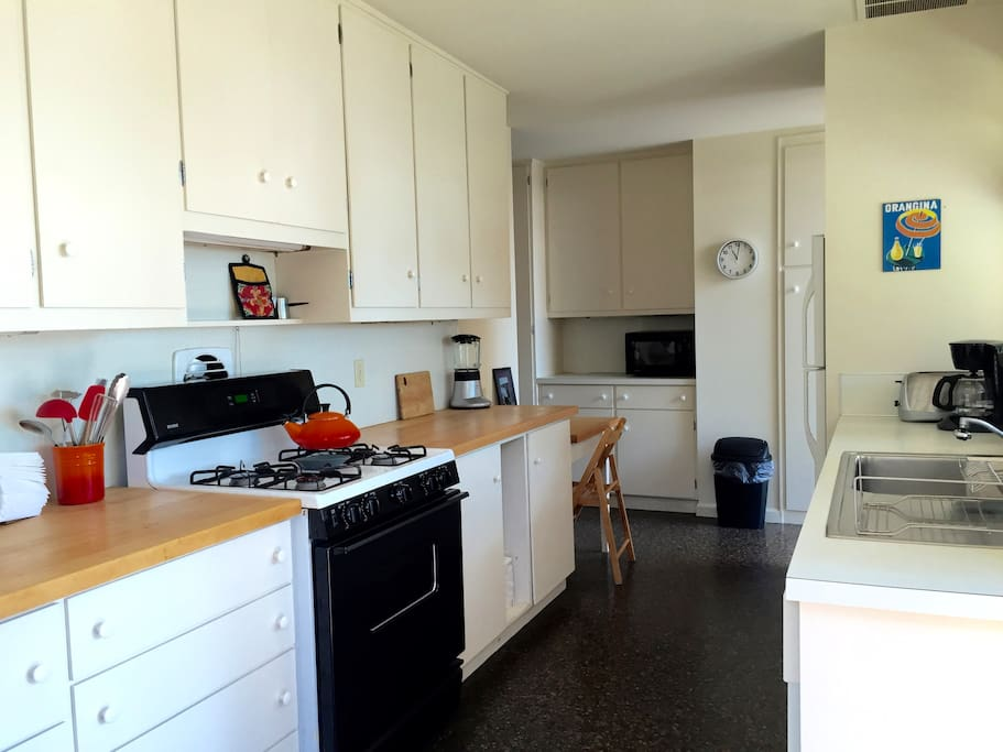 Roomy kitchen with gas stove