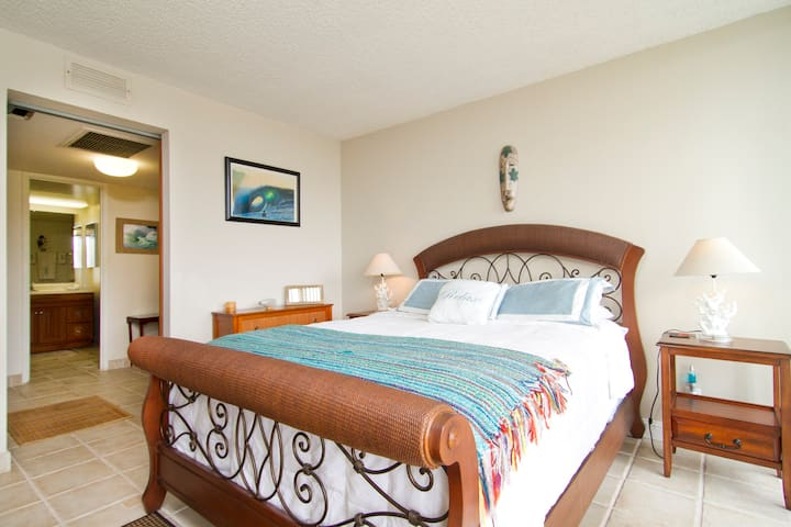 OAHU DREAM CONDO Available for month stays NOV1st