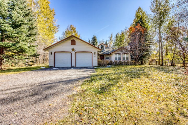 Family-friendly home w/gas grill & patio-close to Ketchum & Sun Valley!