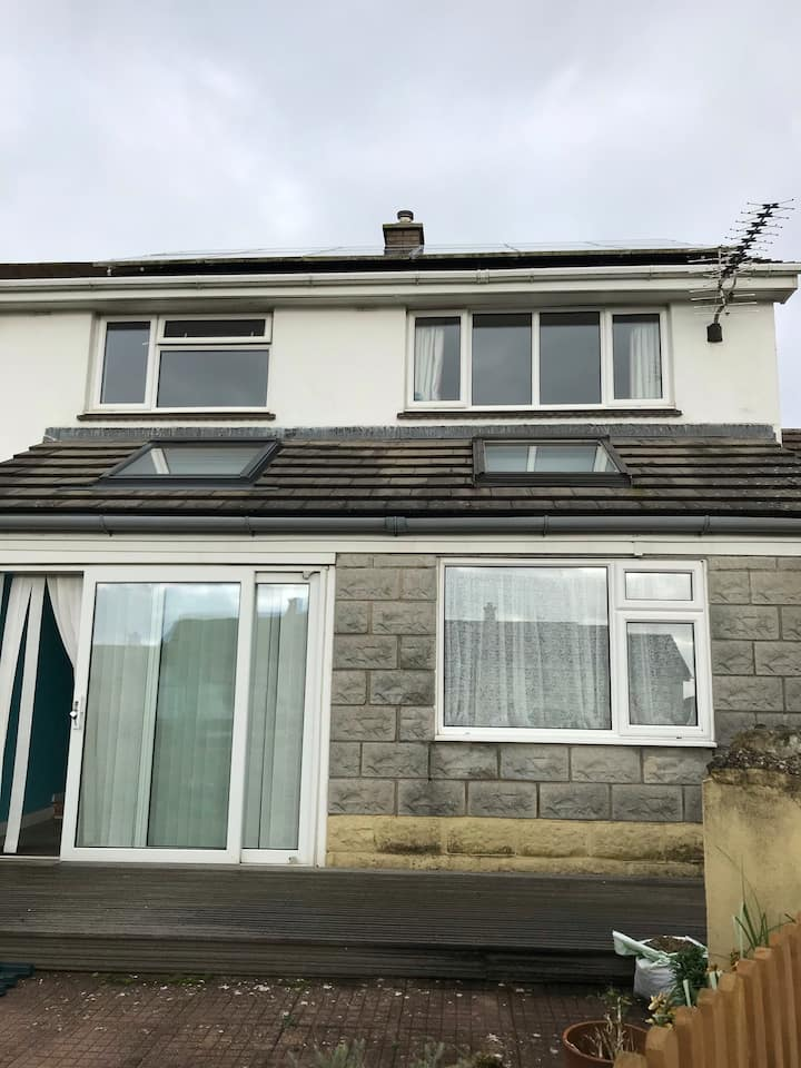 2 bed property Bude