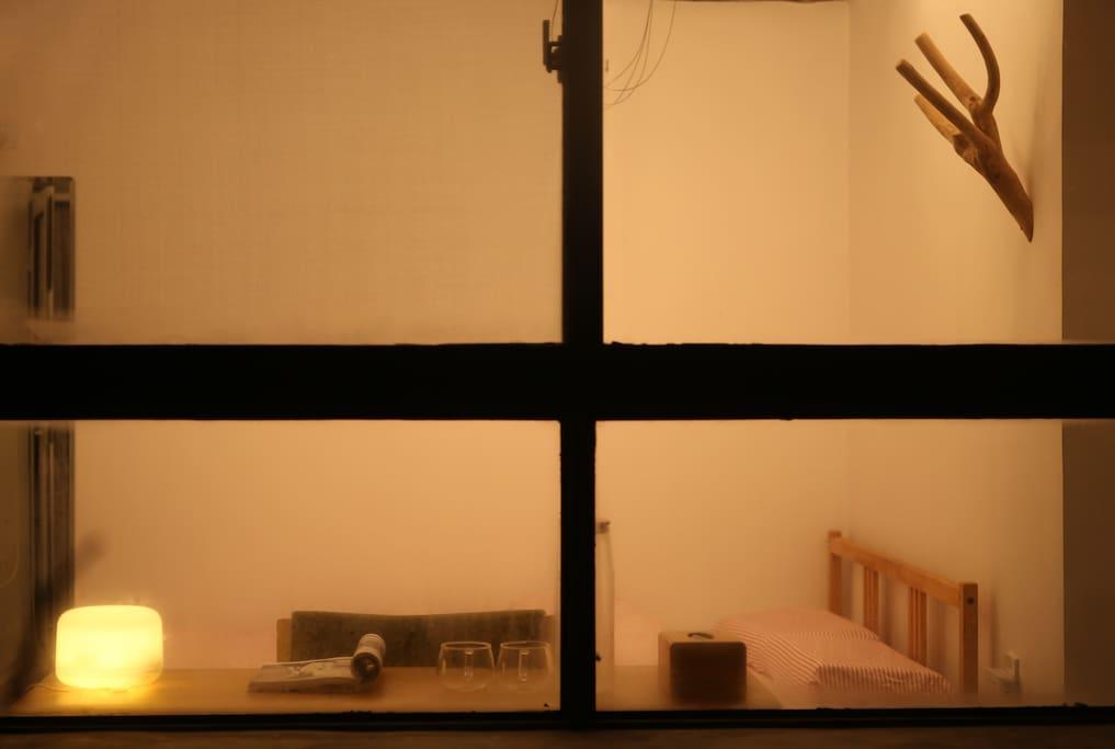 Window memory  夜