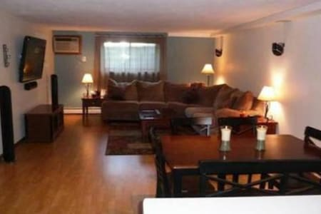 Perfect for a week or the weekend! - Middleton - Condominium