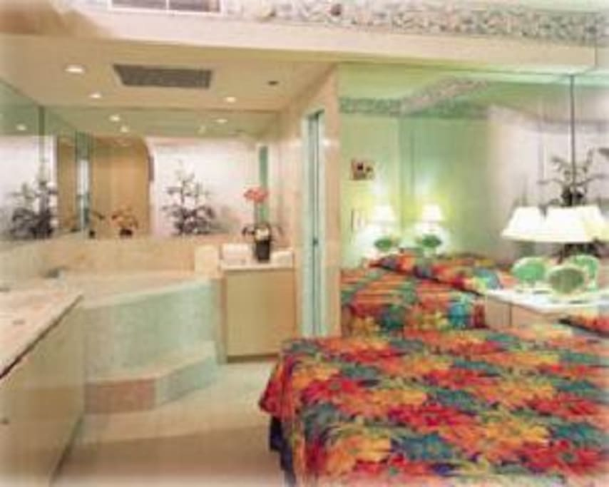 Master suite which includes a beautiful Jaccuzzi!