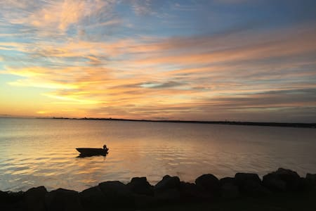 Fully renovated house with Water view Shediac Bay!