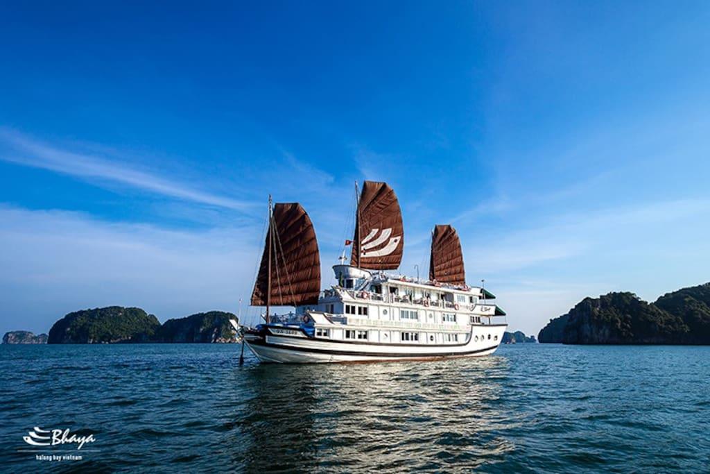 Bhaya Classic Cruises Overview 1