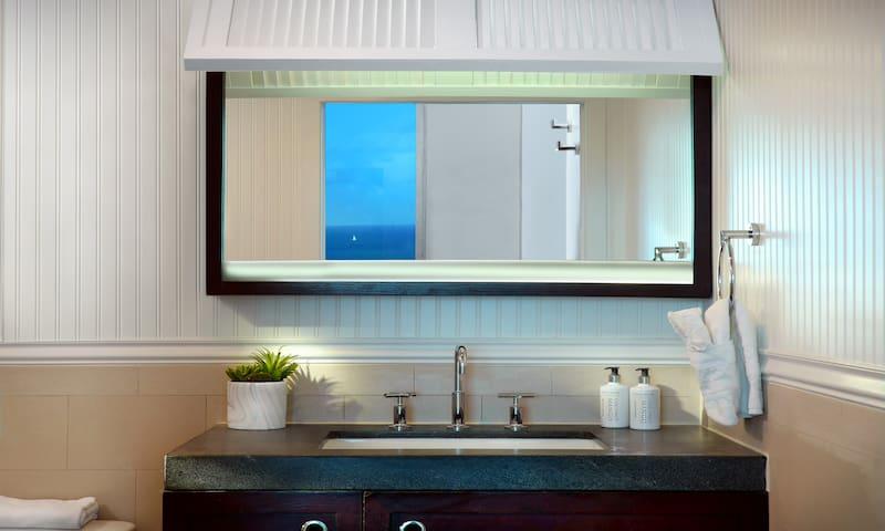Solé Miami, Premium Ocean View King