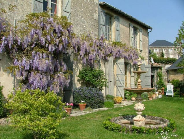 Ancien Convent - Chef-Boutonne - Bed & Breakfast
