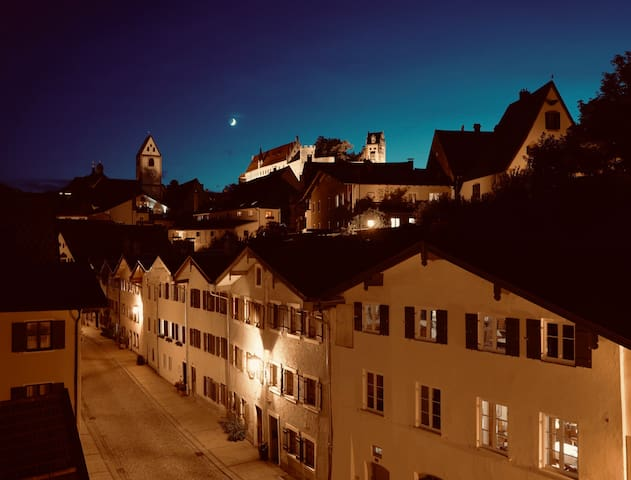 Helles 2 Zimmer Appartement mit Schlossblick