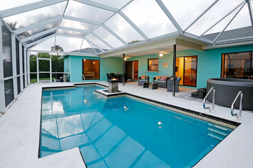 Heated Pool and hot tub for your enjoyment