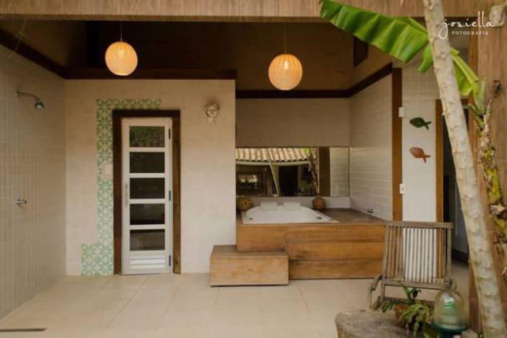 banheira, sauna e chuveiro
