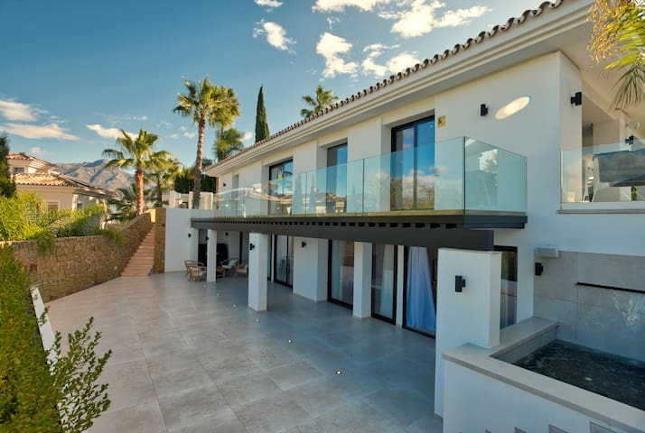 ***Casa Orion - Luxury Villa in Marbella***