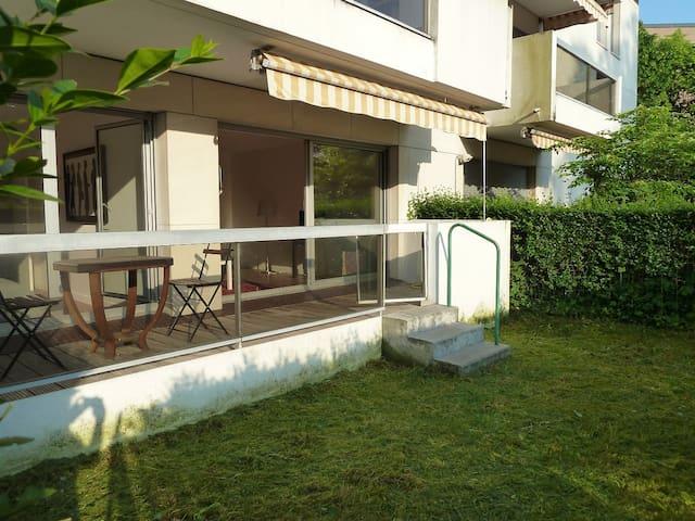 Appartement sur jardin proche forêt