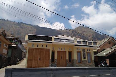 Villa Ricky 2 Near Mountain Bromo - probolinggo