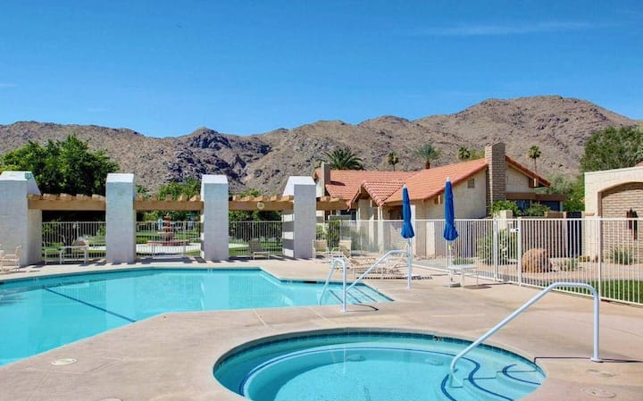 Light & bright getaway w/ private gas grill, shared pool, pool spa, & tennis!