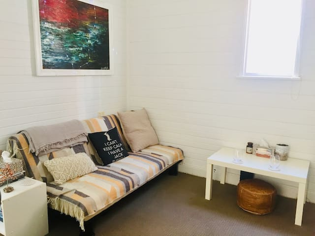 Entire flat situated in the heart of freshwater