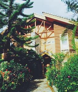 19b Cozy Deluxe 3 bdr w/garden - Baguio
