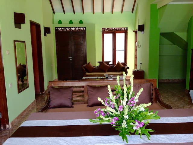 Casa Santai private pool 4bdr/3bth - Kuta - Ev